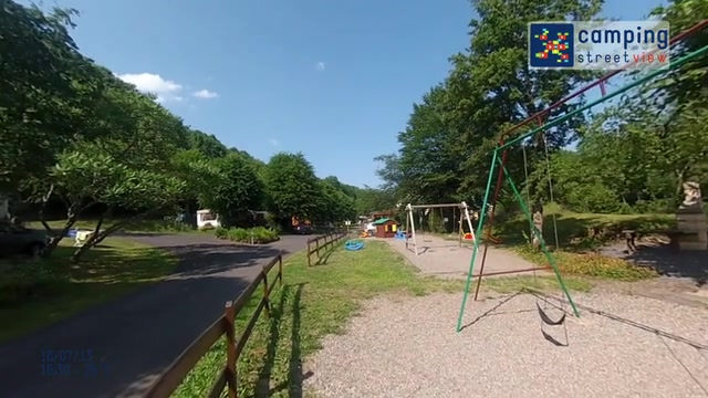Camping L'Ombrage St Pierre Colamine Auvergne FR